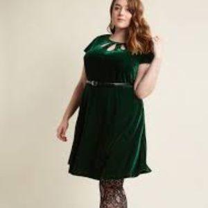 Modcloth Green Velvet Dress Midi XL
